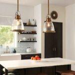 nowoczesne lampy wiszące do kuchni – szklane